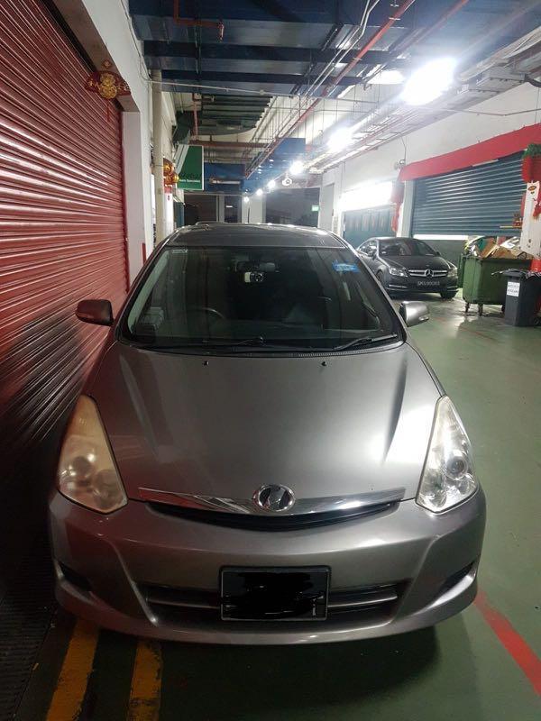 Five door. Toyota wish 1.8Auto. 3 door.