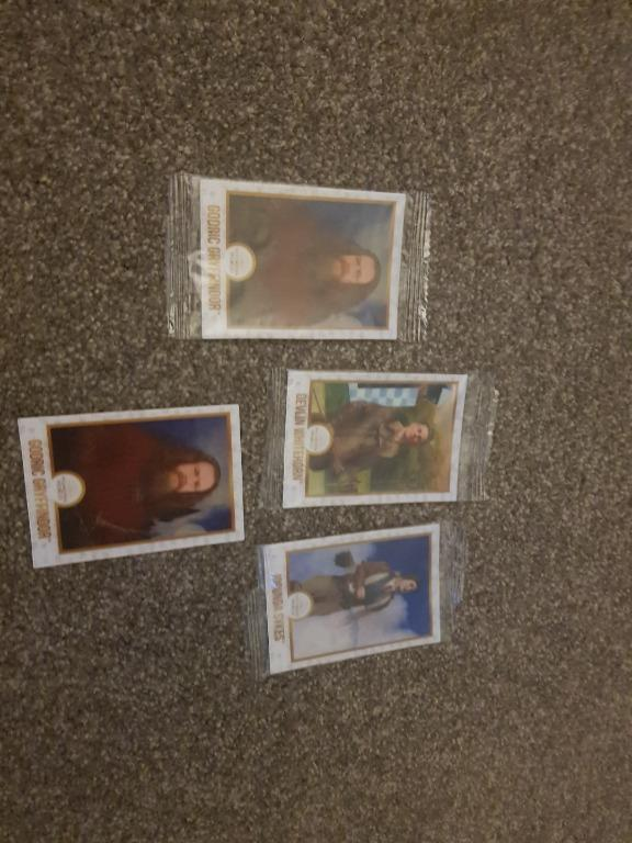 Harry Potter Collectable Chocolate Frog Cards x4