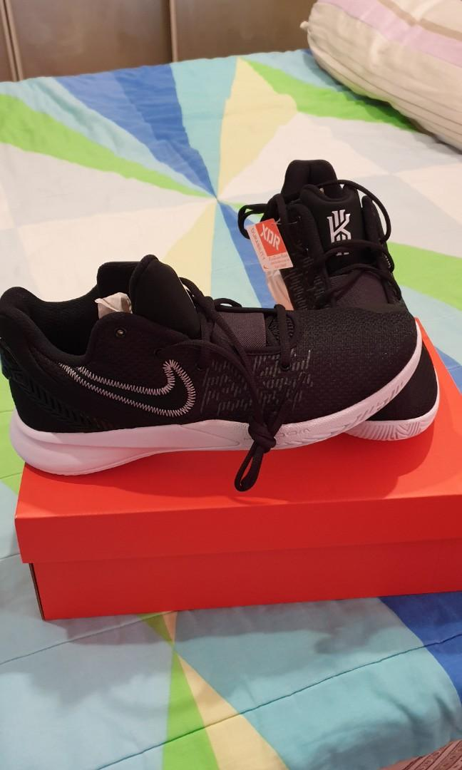 Kyrie Flytrap II EP (US 9.5 and 10