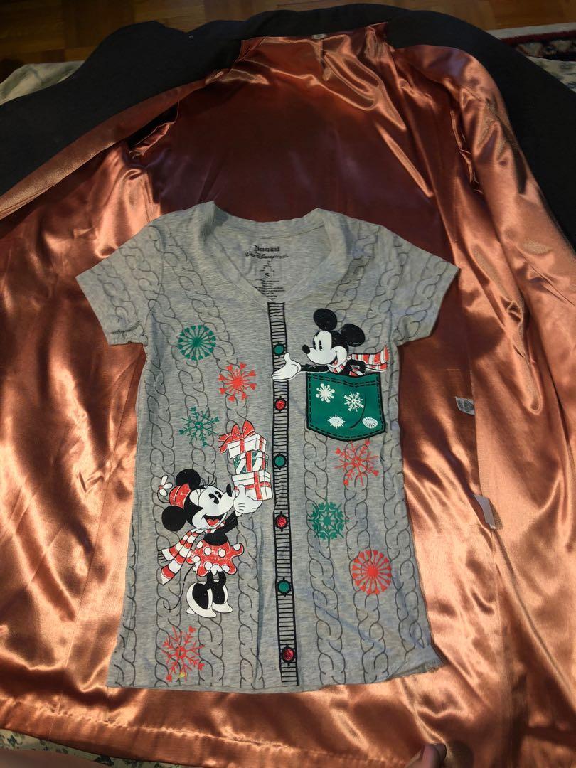 Mickey Minnie Christmas shirt - small