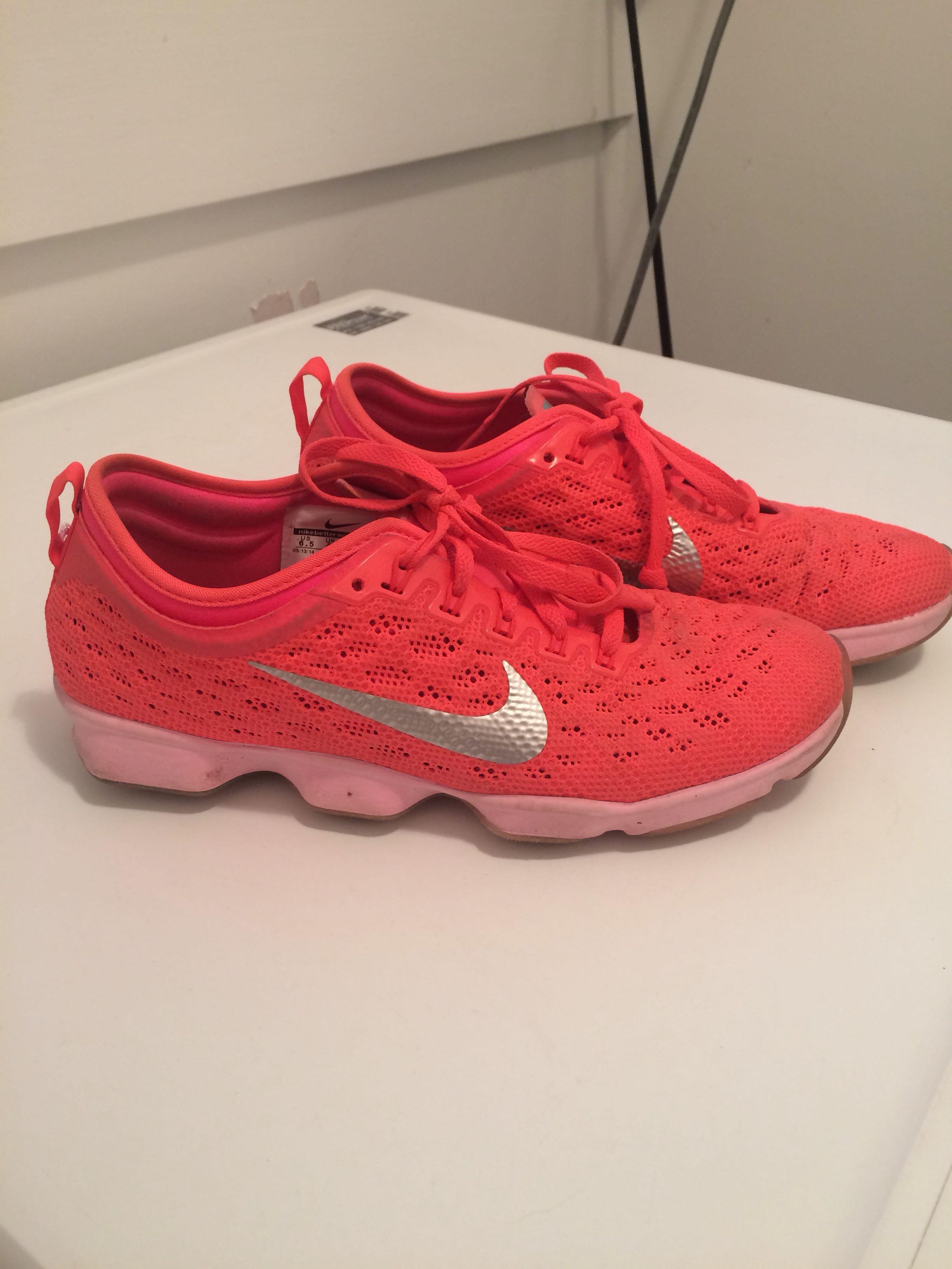 Nike shoes‼️
