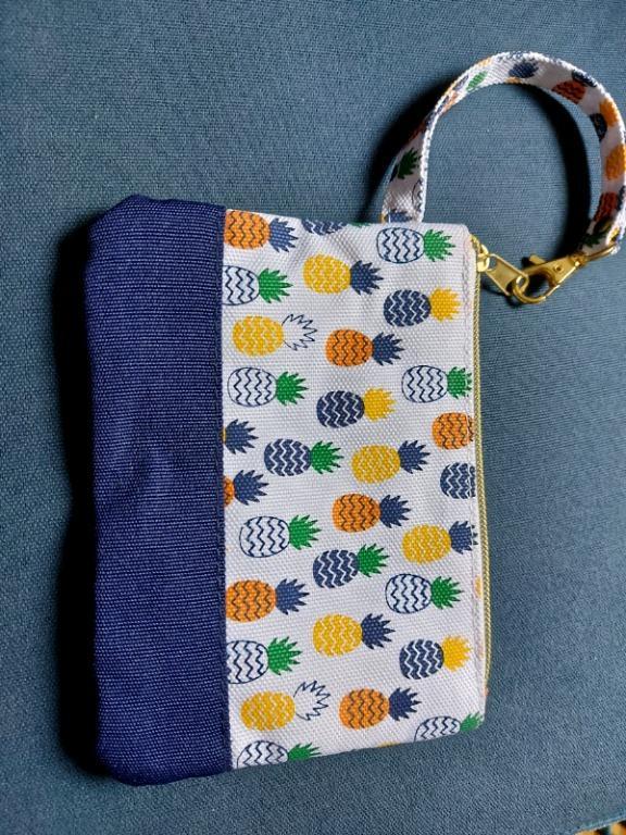 Pineapple Pattern Clutch