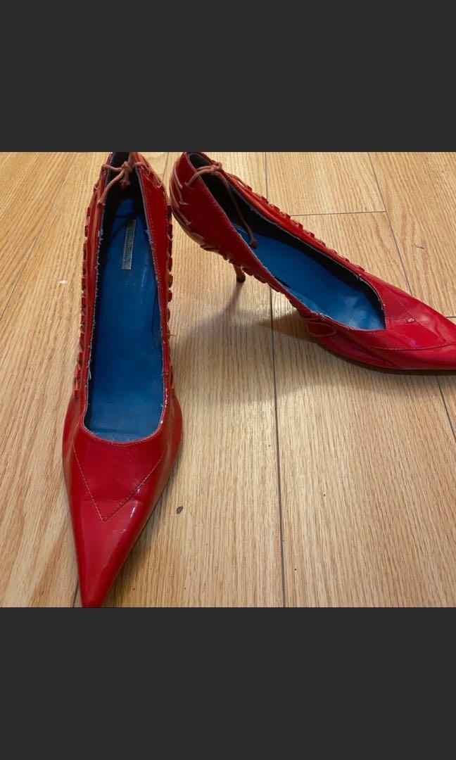 Red shoes size 10