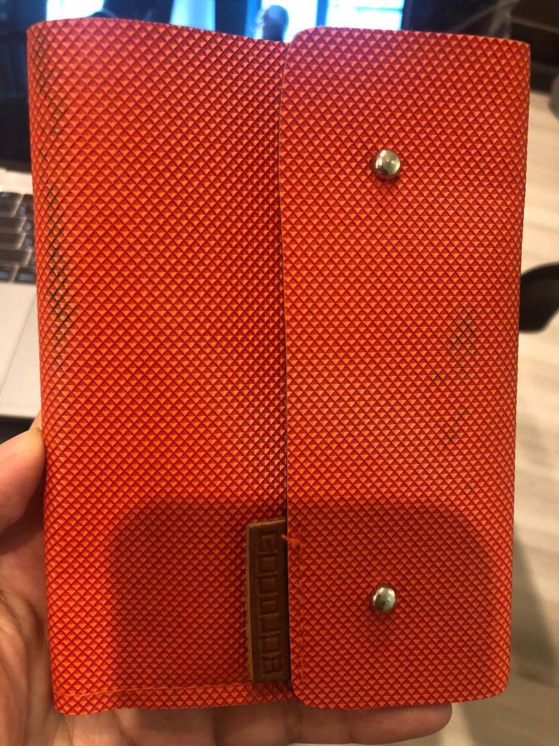 小-皮件護照套(亮橘色)