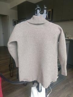 Aritzia Wilfred free wool sweater xxs