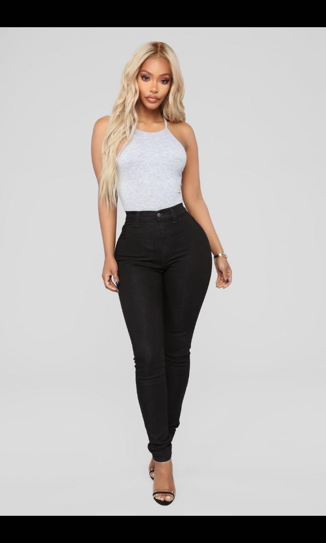 Fashion Nova Classic High waisted skinny jeans size 0
