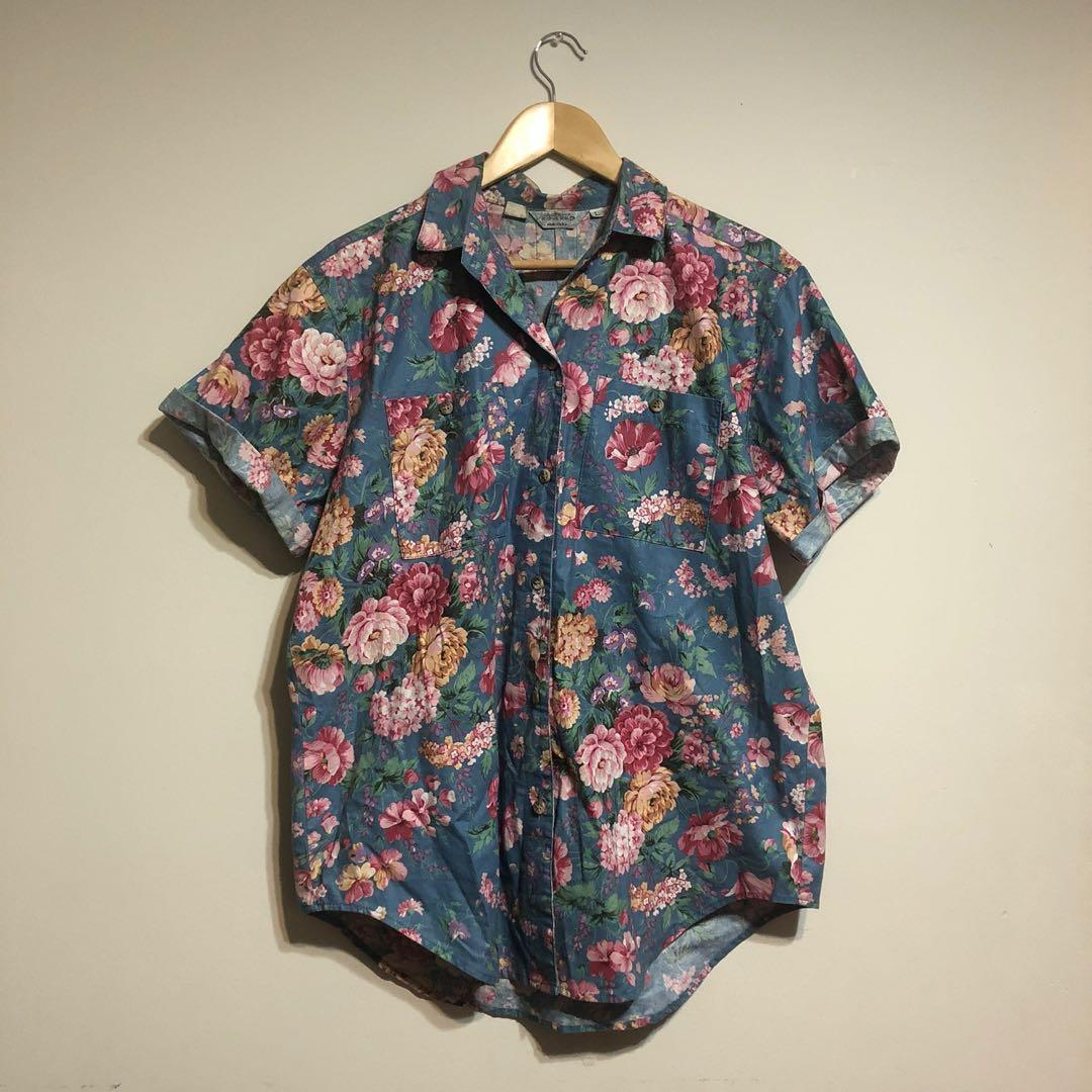 Floral vintage button-up