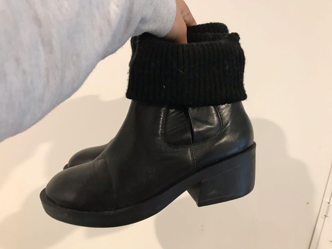 High socks boots 👢