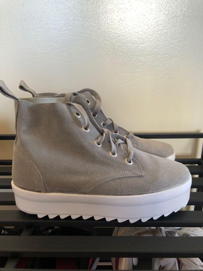 Shelly London Sneakers