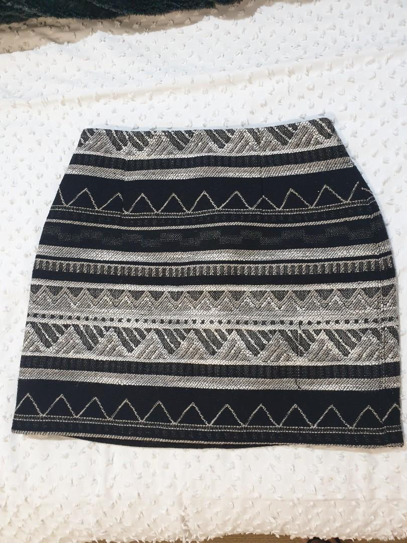 Size 8 Forever New Skirt