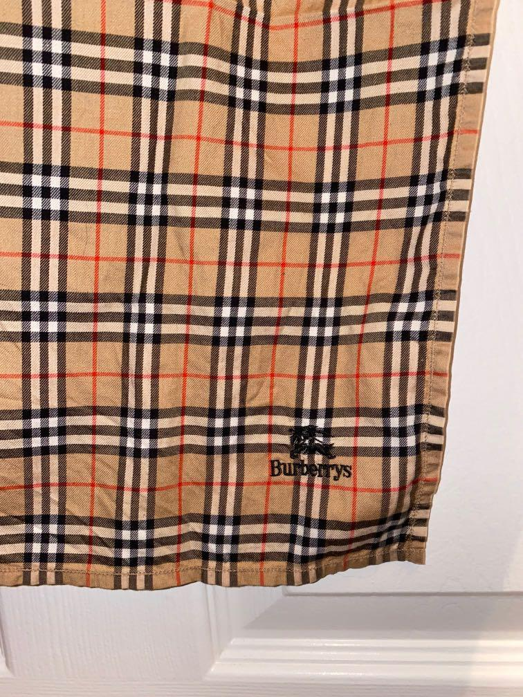 Used | Dupe Burberry handkerchief