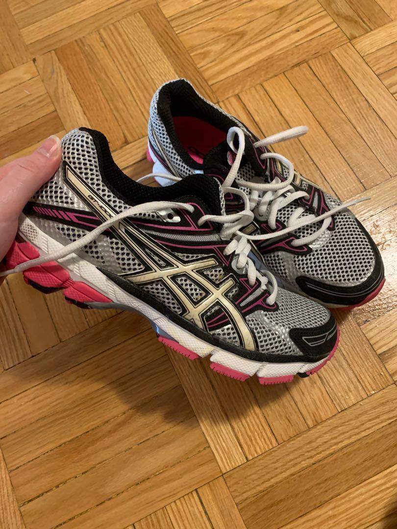 ASICS running shoes size 6.5
