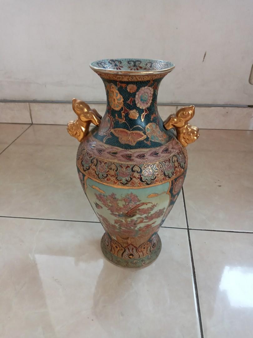 Keramik Antik Vas Bintik Hijau Gambar Burung