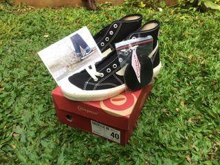 Sepatu Compass BW HI