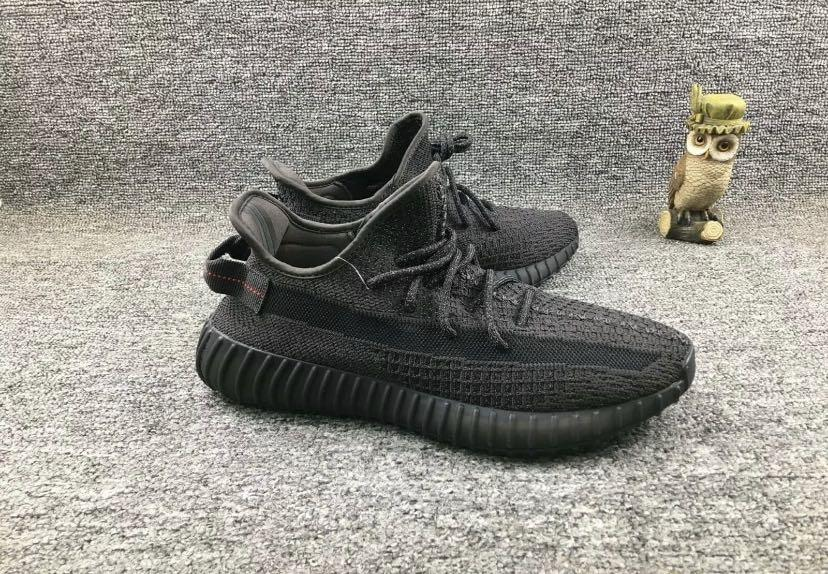 Yeezy 350 static black