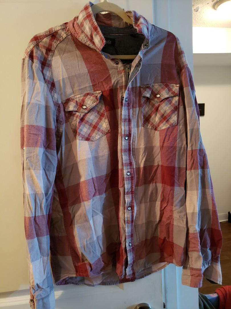 Buffalo zip up shirt (xl)