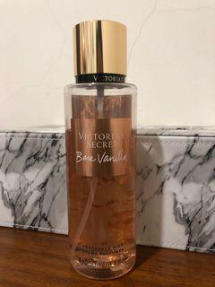 Victoria secret fragrance mist BARE VANILLA