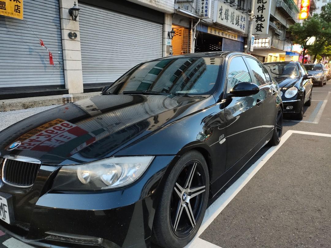 BMW黑色320大三系列同高速公路國道警察在開的那款E90系紅馬蟻.便宜賣免30萬.高雄0930008019.加賴ki66
