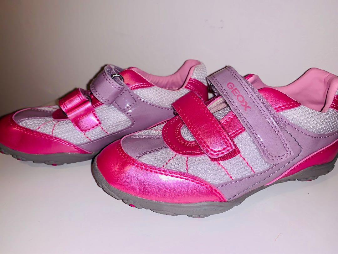 Brand new GEOX girls respira sneakers sz 10.5