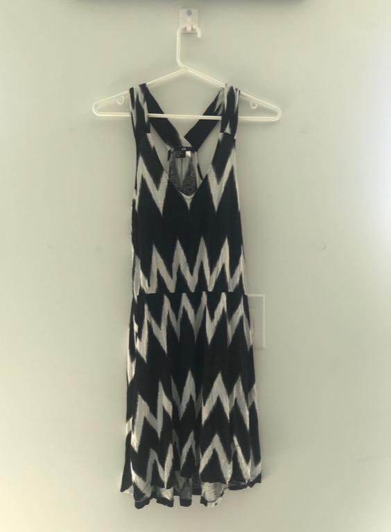 H&M Black & White Dress Size XS