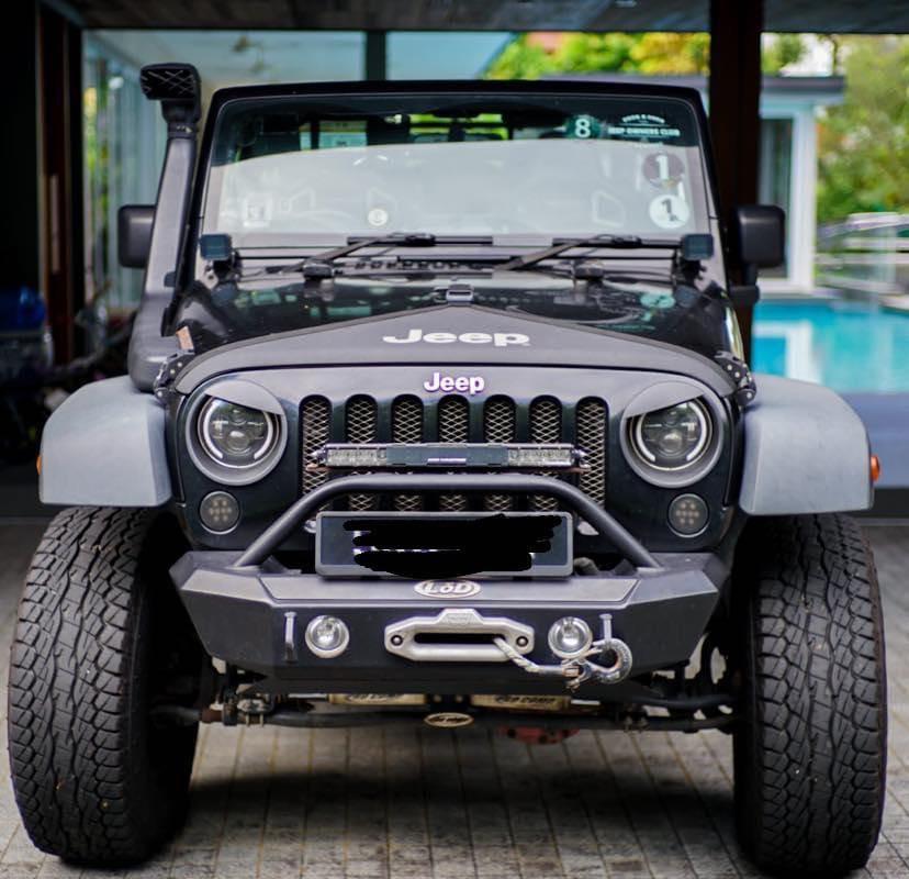Jeep Wrangler 3.8 Sport 2-Dr V6 Auto