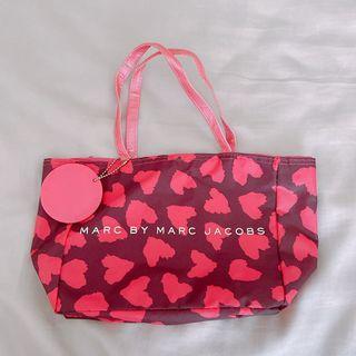 Marc by Marc Jacobs 小馬克 真品 粉紅愛心印花小提包 贈送品牌紙袋