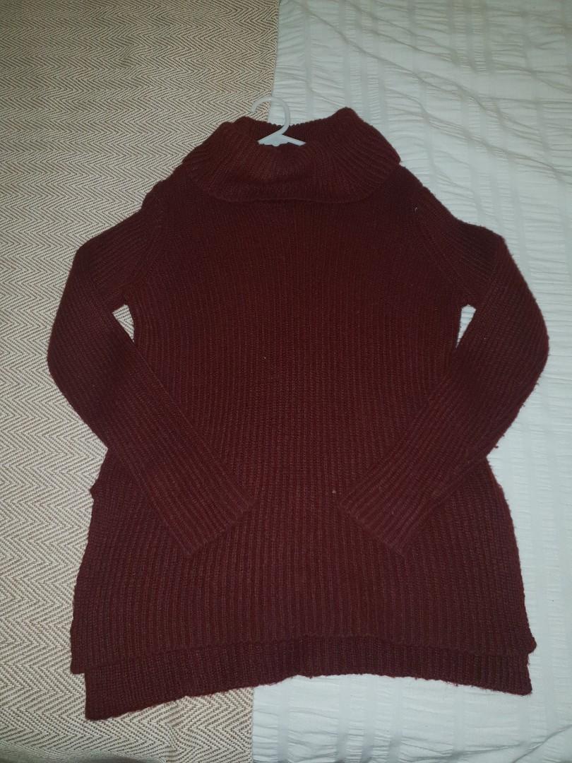 Maroon fluffy knit jumper