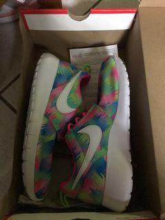 Nike Rosie run 23.5