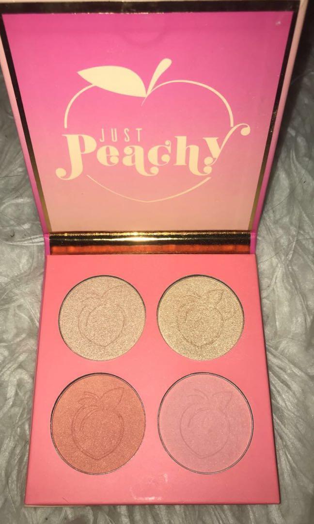 Peach blush and highlighter