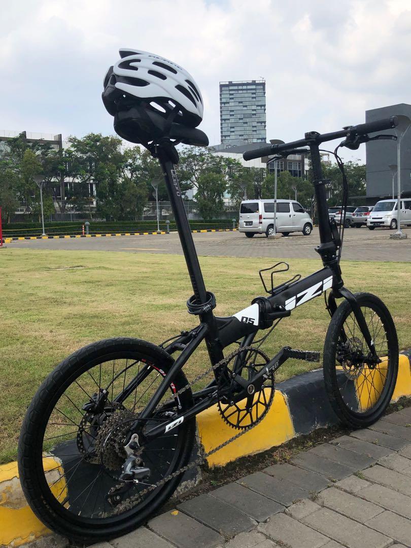 Sepeda Lipat IZI size 20