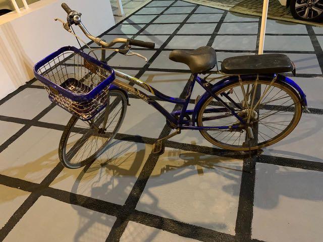 Sepeda PHOENIX ada boncengan belakang. Free kunci sepeda. Siap gowes