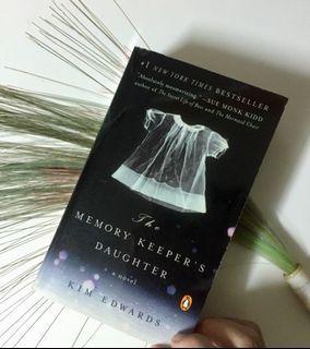 英文小說The Memory Keeper's Daughter 不存在的女兒#HB8