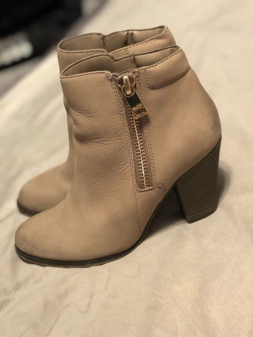 Aldo ankle booties size 6.5