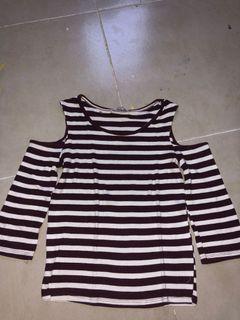 Baju atasan Pull & Bear