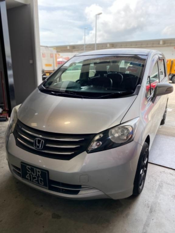 Car rental (Honda Freed)