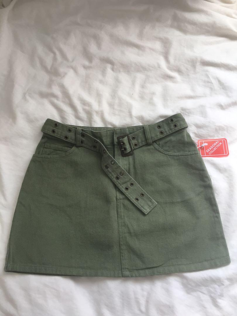 F21 Army Green Skirt