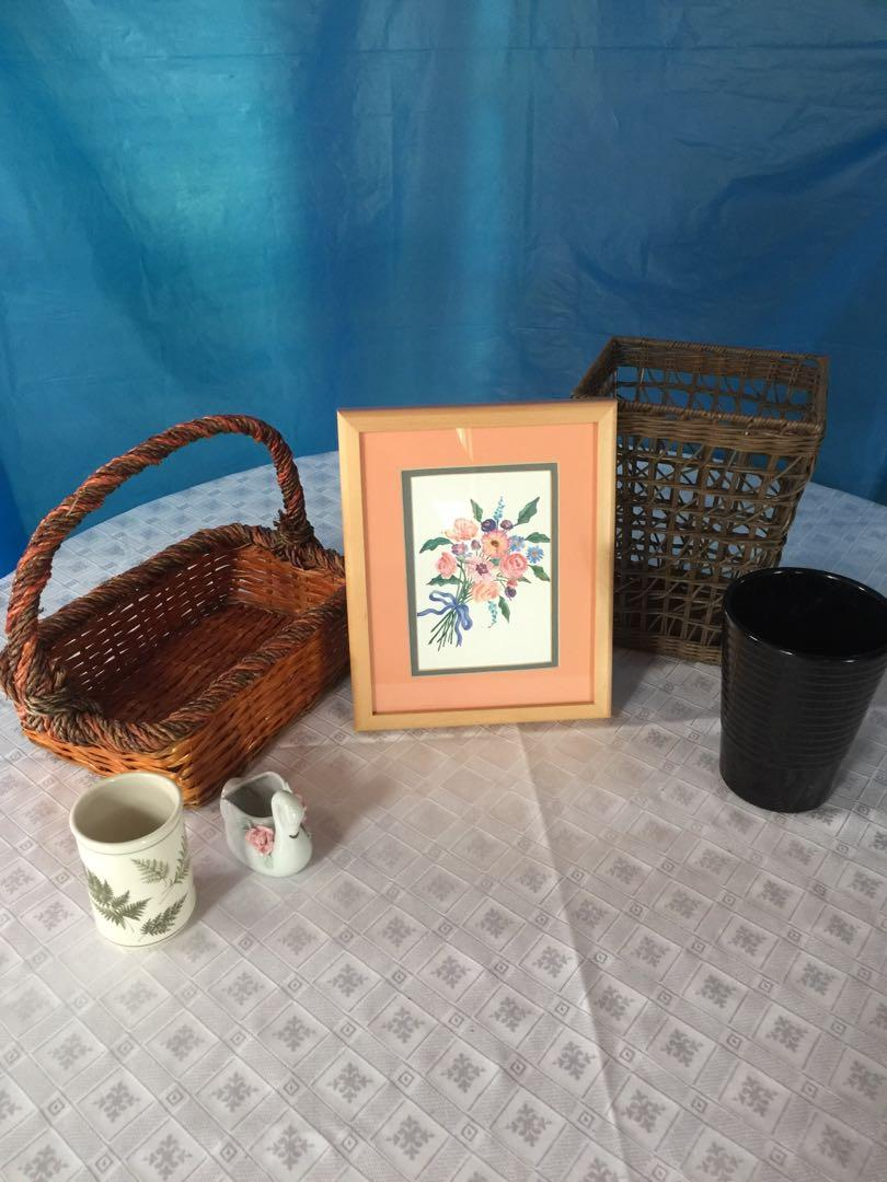 FLOWER BOUQUET PICTURE AND BASKETS