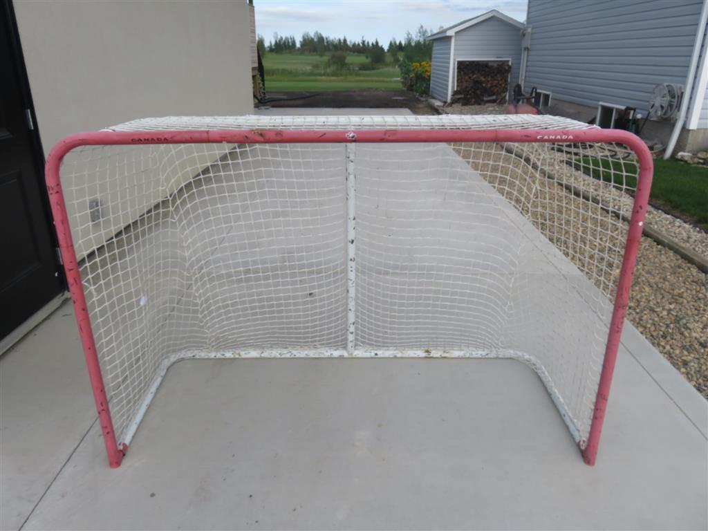 Metal street Hockey Net