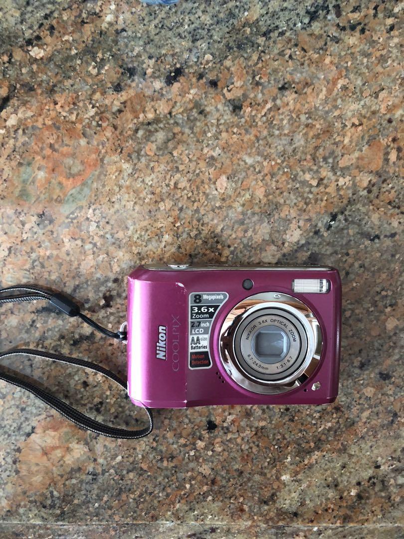 Nikon COOLPIX L19 8.0MP Digital Camera -fuschia -working
