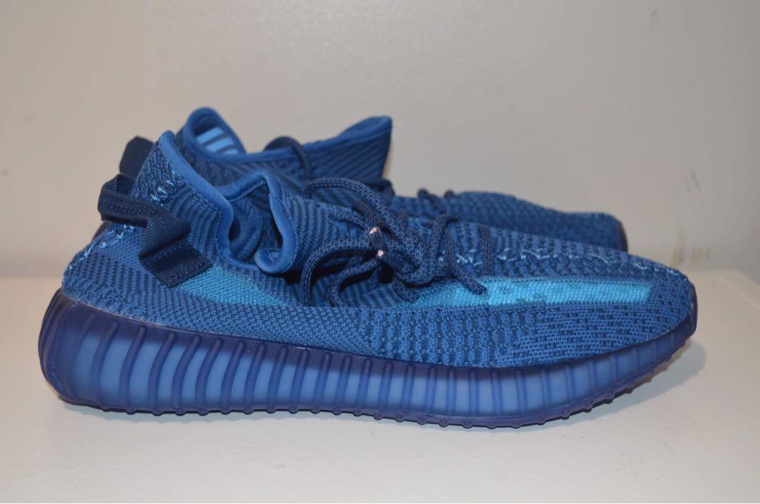 Yeezy shoes size 11