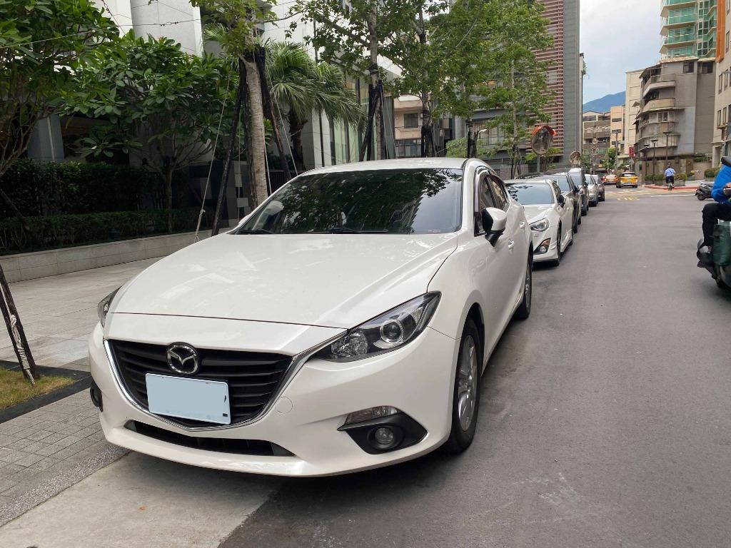 2014 Mazda3 四門 2.0L 混動版 白色 一手車