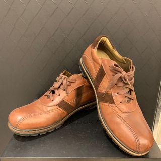 XES休閒皮鞋28.5