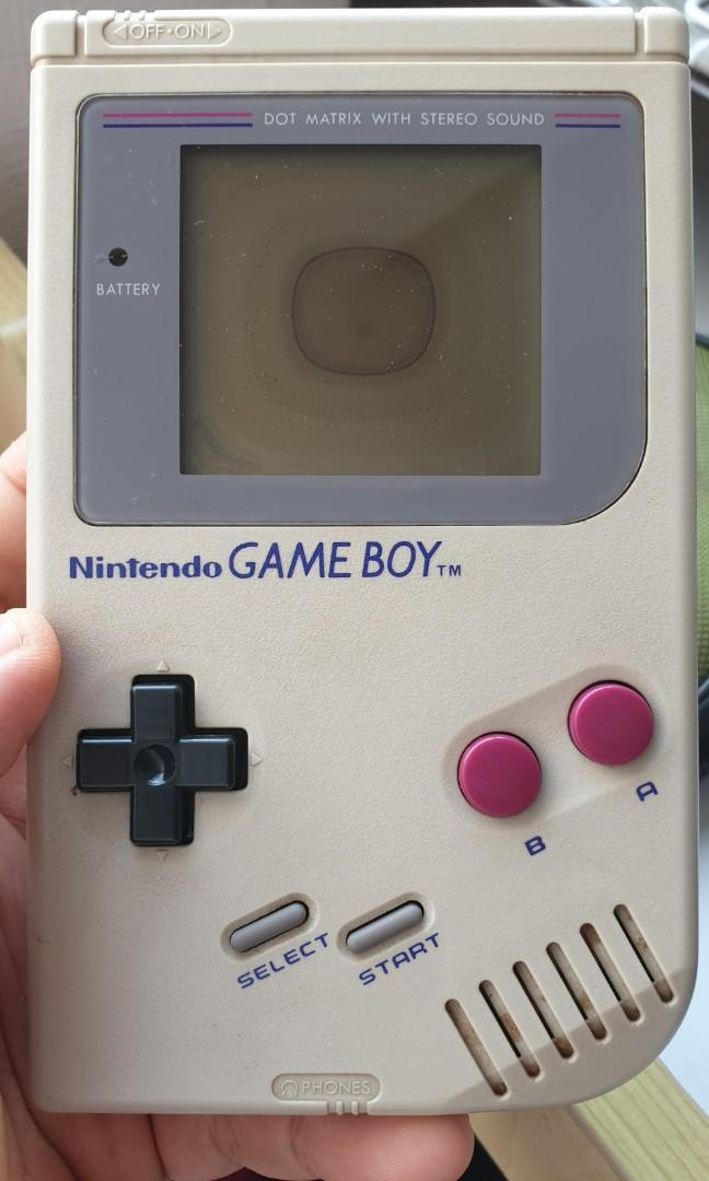Gameboy 1st edition.