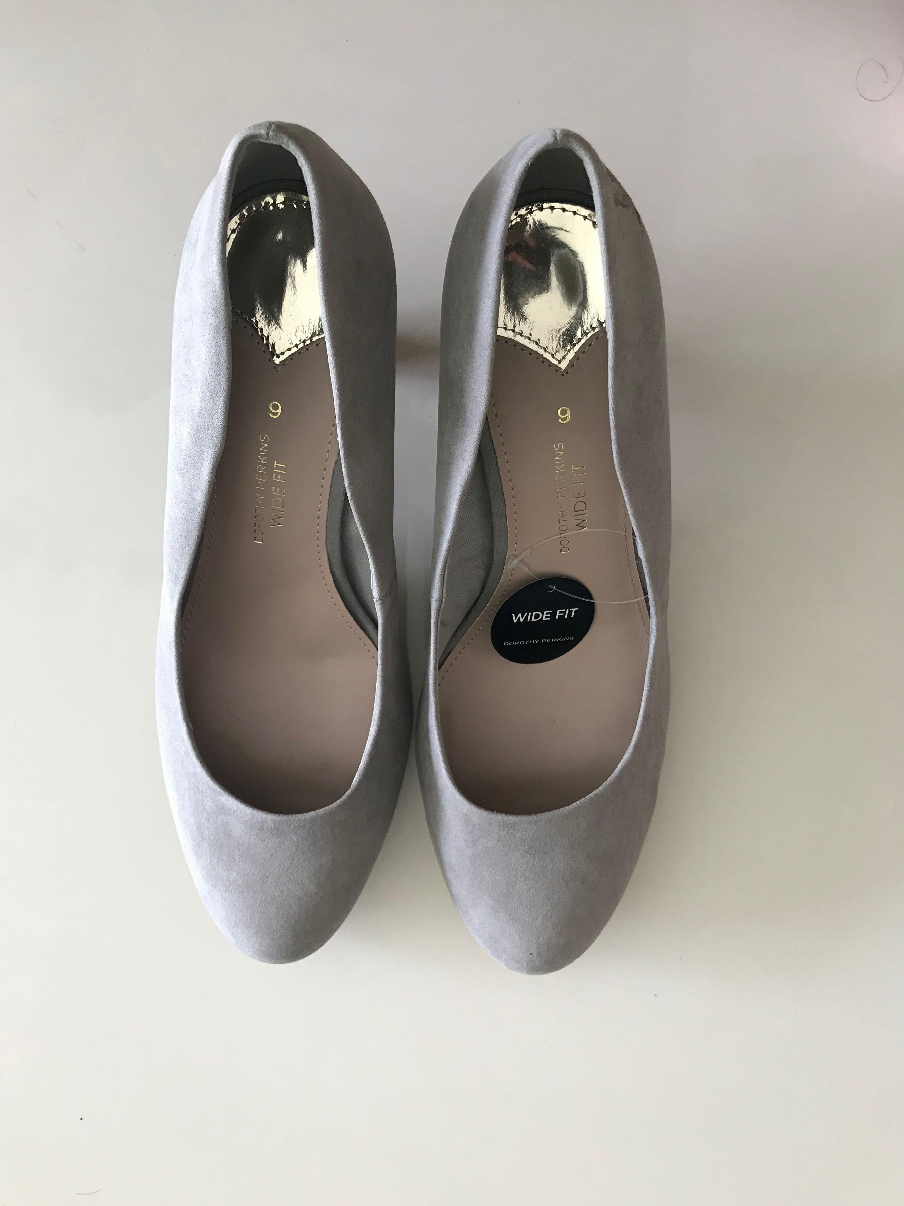 Grey suede heels UK 9 / size 43 (wide