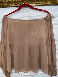 Aritzia off the shoulders top size small