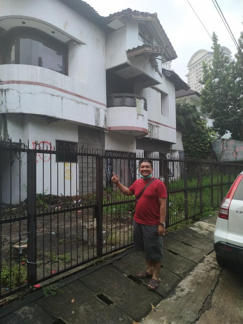 Beli bongkaran rumah dan gedung tua : jasa bongkar