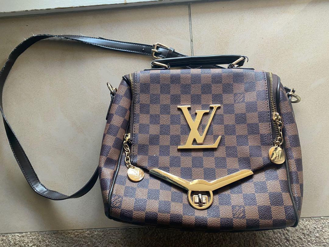 Fake LV purse