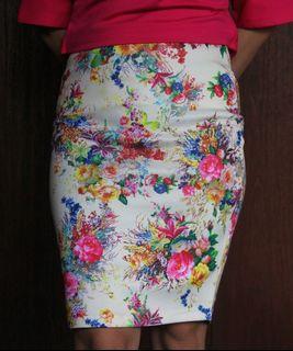 Flowery Scuba Skirt