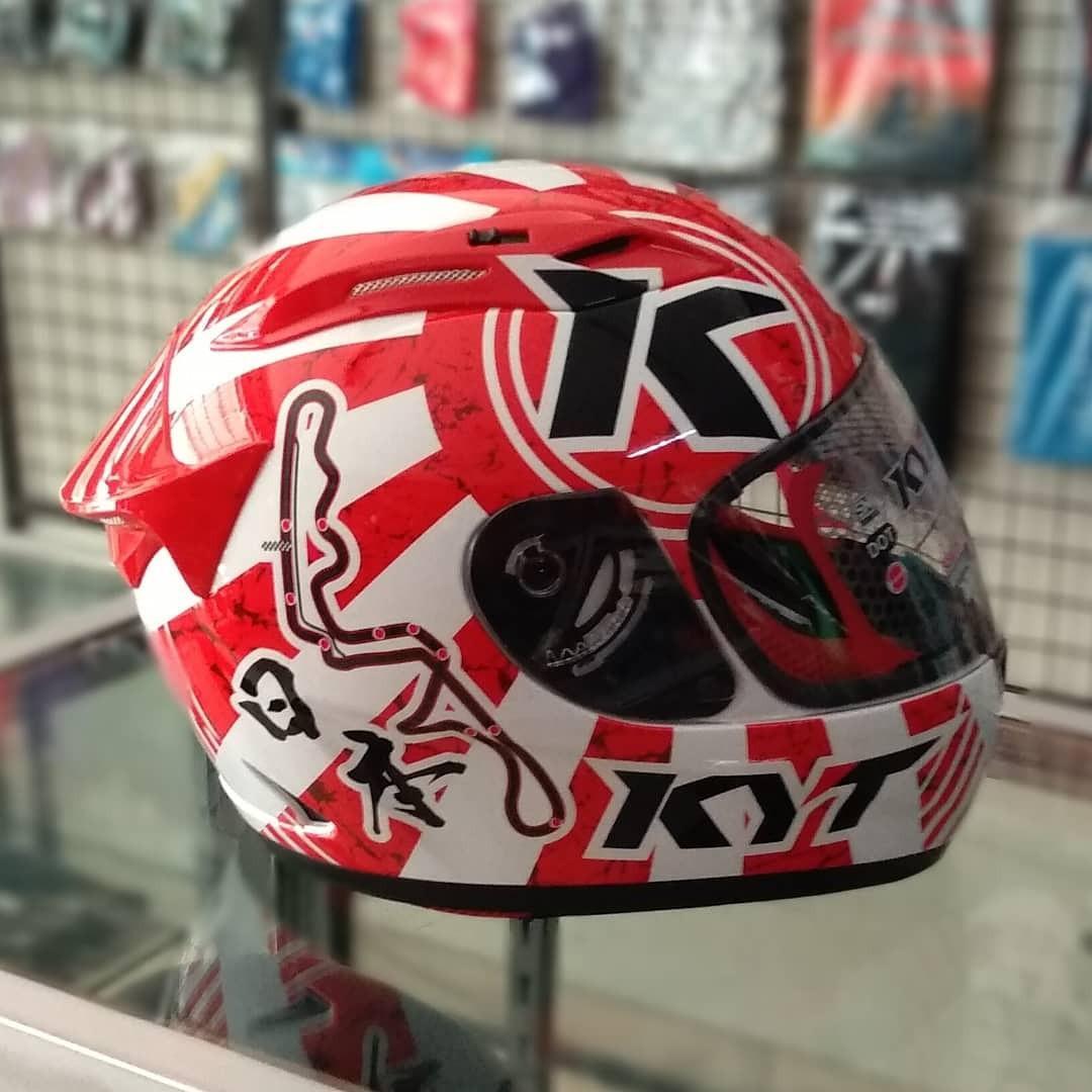Helm KYT RC7#17