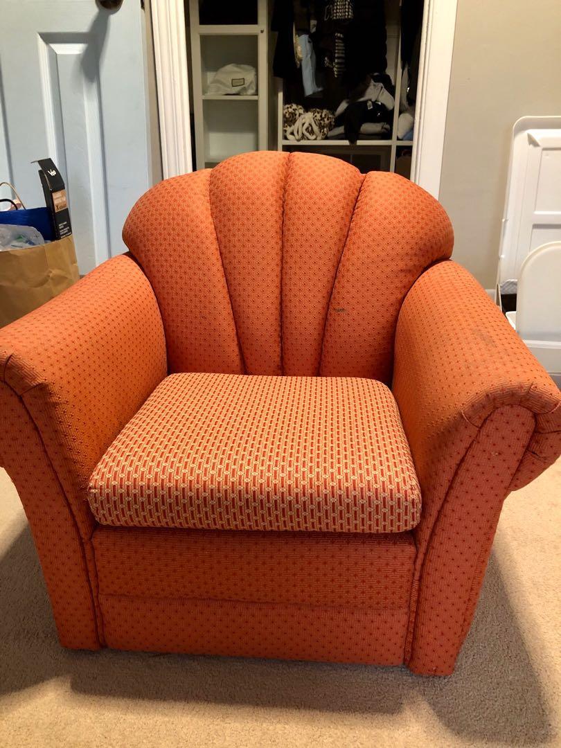 Kids sized sofa/chair